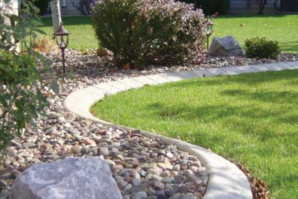 stamped-concrete-curbing